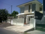 Foto House for sale in Gayungan Surabaya IDR 2150000---