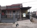 Foto House for sale in BSD City Tangerang IDR 1000000-