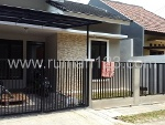 Foto House for sale in BSD Tangerang IDR 1200000---