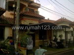 Foto House for sale in Karawaci Tangerang IDR 850000---