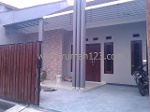 Foto House for sale in Taman Royal 3 Tangerang IDR...