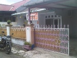 Foto House for sale in Cimone Tangerang IDR 700000---