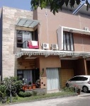 Foto House for sale in Surya Sumantri Bandung IDR...