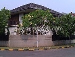 Foto House for sale in BSD Tangerang IDR 5300000-