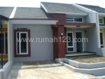 Foto House for sale in Pamulang Tangerang IDR 318000---