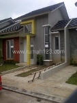 Foto House for sale in Serpong Tangerang IDR 561000---