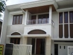 Foto House for sale in Batununggal Bandung IDR...