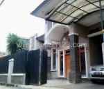 Foto House for sale in Antapani Bandung IDR 1700000-