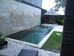 Foto House for sale in Seminyak Badung IDR 6500000---