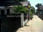 Foto House for sale in Tanah Baru Depok IDR 600000---