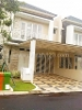 Foto House for sale in Summarecon Bekasi IDR 3000000---