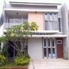 Foto House for sale in Serpong Tangerang IDR 990000-