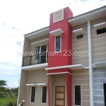 Foto House for sale in Karawaci Tangerang IDR 950000---