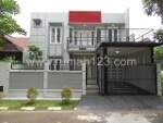 Foto House for sale in BSD Tangerang IDR 3200000-