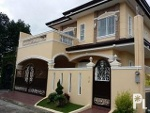 Picture Classical House and Lot in BF Homes, Paranaque,...