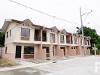 Picture Townhouses in Laguna near Alabang District...