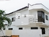 Picture 3 bedroom modern asian house w 3 carparks in...