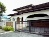 Picture Impressive 4-Bedroom House for Rent in Valle...