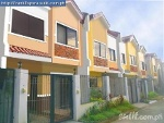 Picture 3 Bedroom Use And Lot Forin Caloocan City
