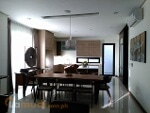 Picture House to buy with 210 m² and 4 bedrooms in San...