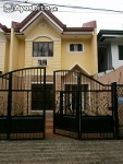 Picture 25k Duplex House with Gate in Paranaque City