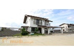 Picture House to buy with 133 m² and 4 bedrooms in...