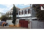 Picture House to buy with m² and 7 bedrooms in Karachi,...