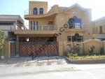 Picture 1 Kanal Beautiful House For Sale