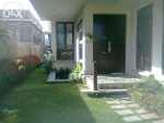 Picture Bungalow west open with pool and basement 600...