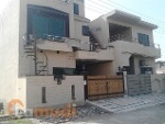 Picture House for rent with 5.00 m² and 3 bedrooms in...