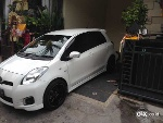 Foto Yaris E 2013 Pmk, putih, manual, model Trd.