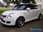 Foto Jual suzuki swift 2010 matic (AT) white istimewa