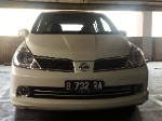 Foto Nissan Latio 1.8 AT White Pearl Limited Edition