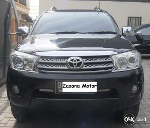 Foto Toyota Fortuner Diesel 2010 Automatic, Harga Nego.