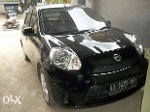 Foto Nissan March Matick 2012 Hitam Sports Version
