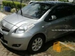 Foto Toyota yaris th2009 type j automatic silver met