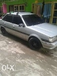 Foto Di jual toyota sedan corona th. 87
