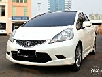 Foto Honda Jazz Rs 2009 White A/t Good Condition