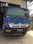 Foto Truck hino trailer FG210PS th'04 pertamina...