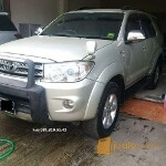 Foto Toyota fortuner G Luxury 2.7 a/t 2010 silver