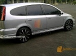 Foto Honda stream th 2005 facelift istimewa