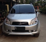Foto Toyota Rush Type S Silver A/T 2010