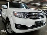 Foto Toyota Fortuner G VNT Automatic 2014