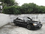 Foto Mercedes Benz W124 E320 Black 1994 MT SURABAYA