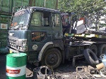 Foto Tractor Head Hino Bulid Up 97 ekor trailer...