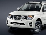 Picture 2014 Nissan Navara 4X4 new Spec BEST IN TOWN