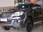 Picture OTR Toyota Hilux 2.5g trd free dvd, tint,...