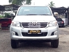 Picture 2013 Toyota Hilux (A)
