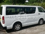 Picture Toyota Hiace 2.5 turbo window van LOW ROOF