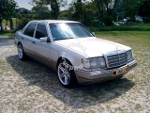 Picture 1990 Mercedes Benz E260 (A) Sporty and...